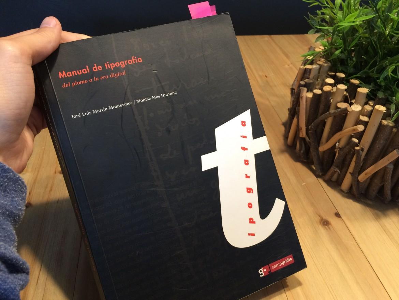 Foto portada del libro Manual de tipografía del plomo a la era digital